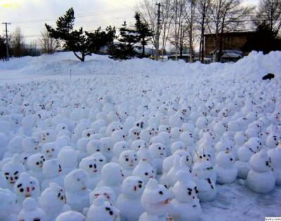 Hundreds Gather To Protest Global Warming