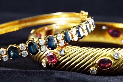 How to choose the perfect bracelet as a gift