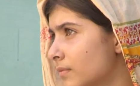Malala Yousafzai: Schoolgirl / Superhero